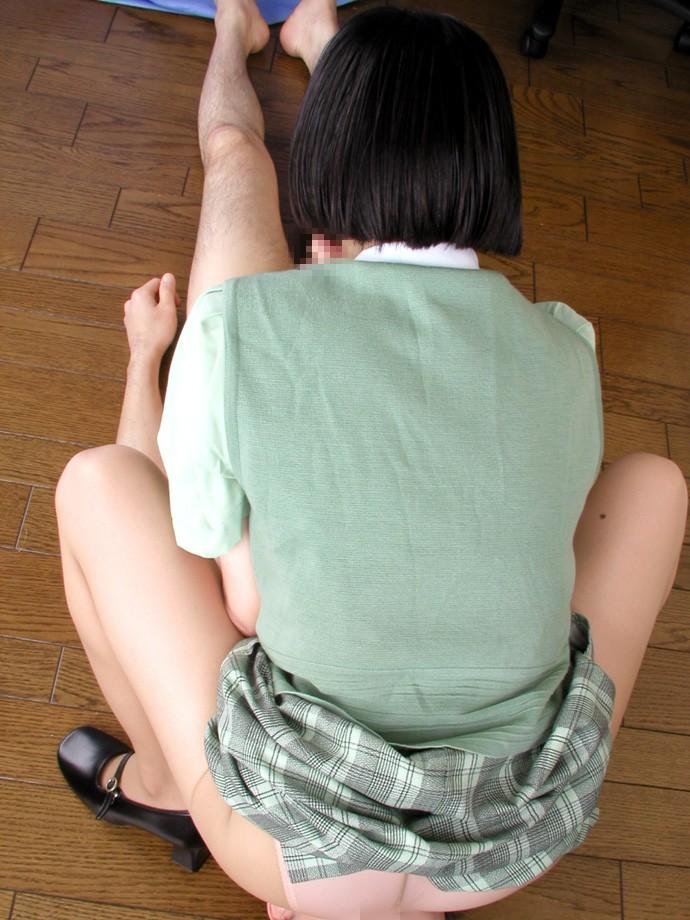 【顔騎エロ画像】乗られたら舐り倒す!座らせてイカせたい顔面騎乗(*´д`*)