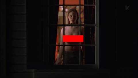 【画像あり】深夜映画で巨乳JKのおっぱい丸出し全裸ヌード放送wwwフジテレビが遂に発狂www