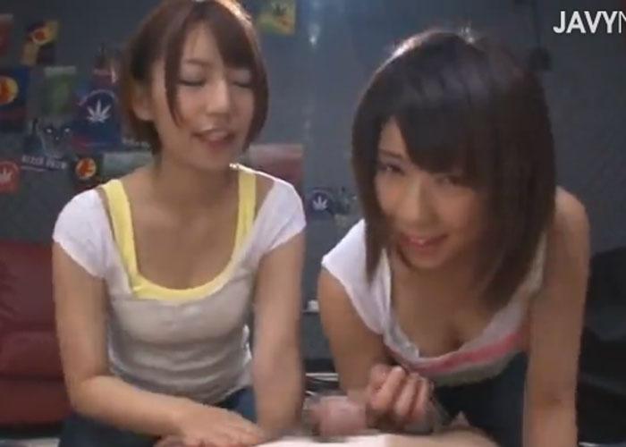 【エロ動画】美少女2人に同時にしゃぶられて…暴発するしかないでしょう(;゚∀゚)=3 01