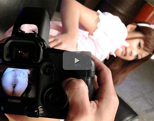 【エロ動画】愛人のおっさんとアイドルコスで戯れるムッチリ巨乳ちゃん(;゚∀゚)=3 03