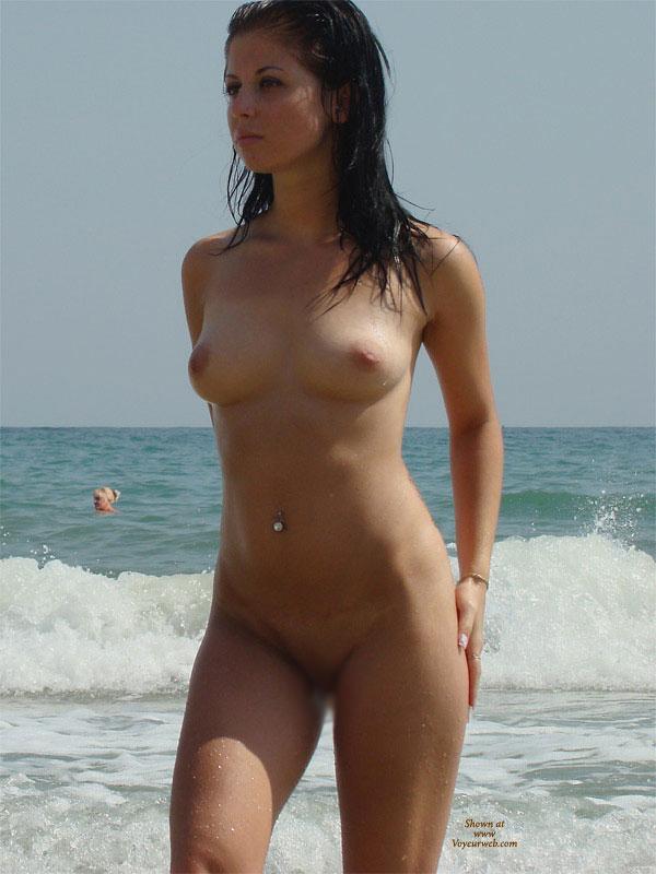 【ヌーディストエロ画像】隠すだなんて…全裸がデフォな海外ヌーディスト(;´∀`)