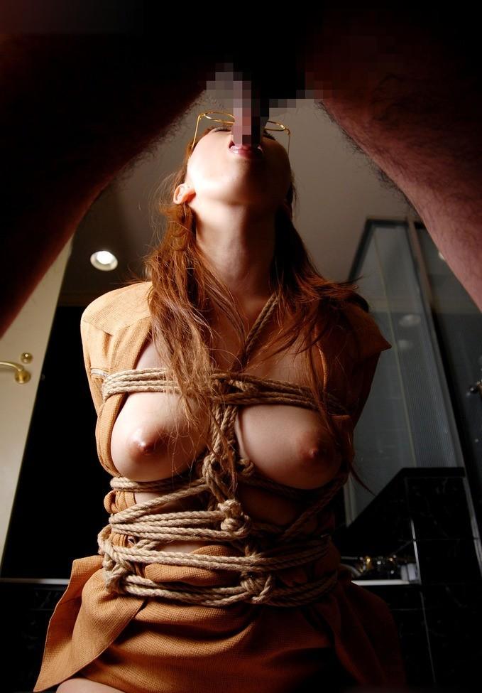 【フェラエロ画像】舌遣い次第で膣以上!?このまま果てたい美女のフェラ(;´Д`)