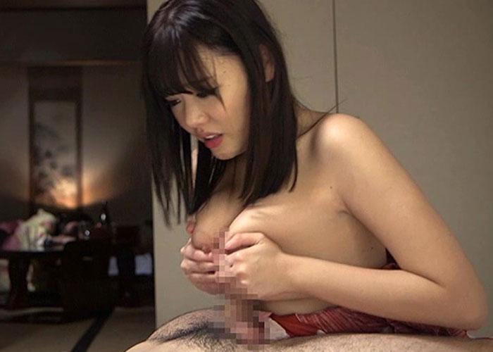 【エロ動画】彼女より欲望優先!巨乳な友達さんをこっそり寝取って大興奮!(;゚∀゚)=3 01