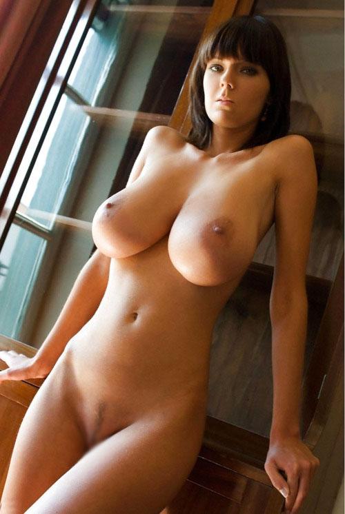 【くびれエロ画像】巨乳&巨尻ならより際立つw素晴らしきくびれを持つ女体(;´Д`)