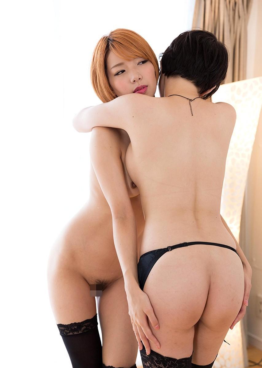 【レズエロ画像】綺麗同士だから自然っぽく見える美女たちのレズりあい現場(;゚Д゚)