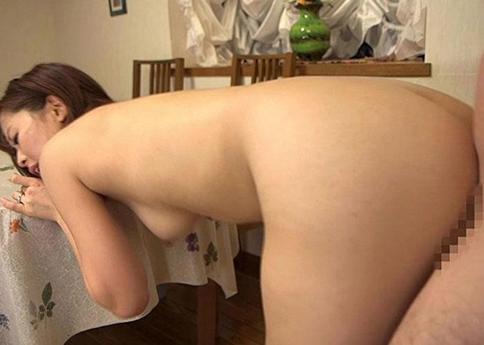 【エロ動画】変態過ぎる夫の上司に寝取られてしまった美人嫁(*゚∀゚)=33 02