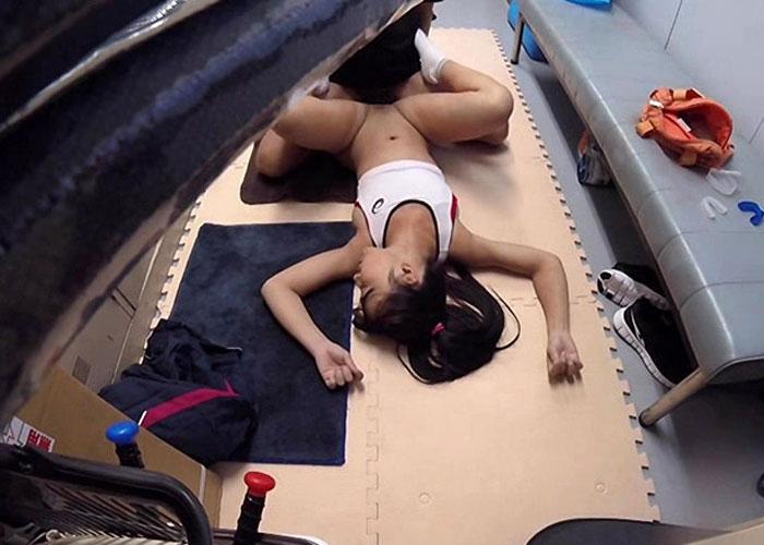 【エロ動画】強力睡眠薬を飲ませた陸上部女子たちがヤられまくった一部始終!(;゚∀゚)=3