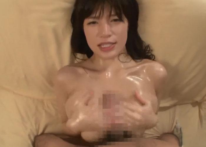 【エロ動画】ボンデージ姿で寝てたら弟にイタズラされまくった巨乳姉(;゚∀゚)=3 02