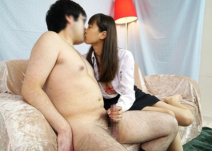 【エロ動画】優しいOLさんがお昼休みに童貞君のオナニーをお手伝い!(*゚∀゚)=3 02