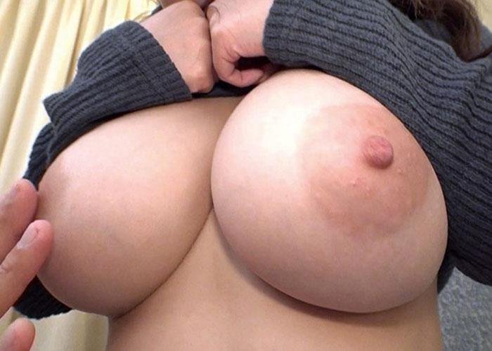 【エロ動画】とんでもない乳袋のお姉さんのニット剥ぎ取って激しいセックス!(;゚∀゚)=3