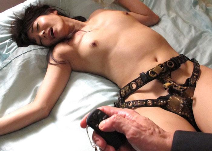 【エロ動画】貞操を強制管理された美人令嬢の恥辱の日々!(*゚∀゚)=3