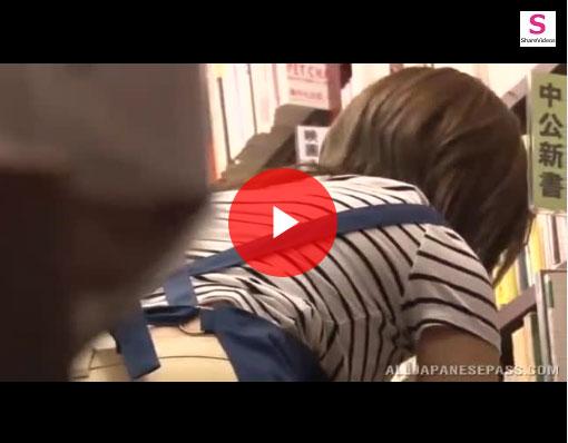 【エロ動画】バイト先の店長に媚薬盛られて店内でヤられるめがねJK!(;゚∀゚)=3 03