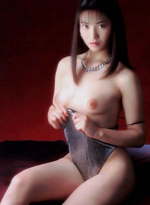 レジェンドAV女優・小室友里(42)の現在の姿がコチラ!(※全盛期のエロ画像あり )