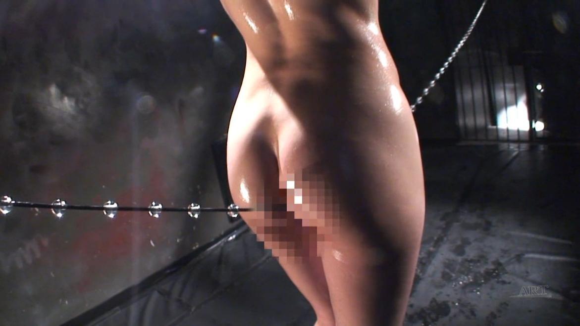 【調教エロ画像】進めば結び目がアソコに…性的綱渡りがこちら(;´Д`)