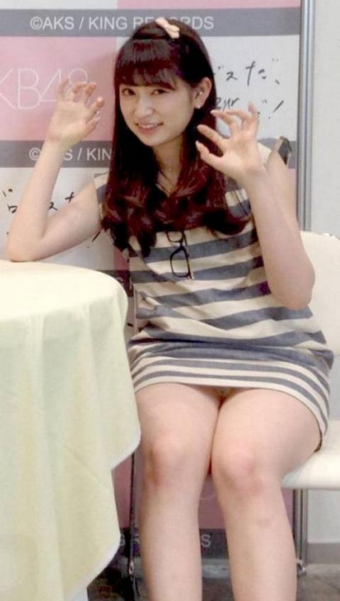 芸能人アイドルのパンチラハプニング集!やっぱり白パンチラが最強だった!