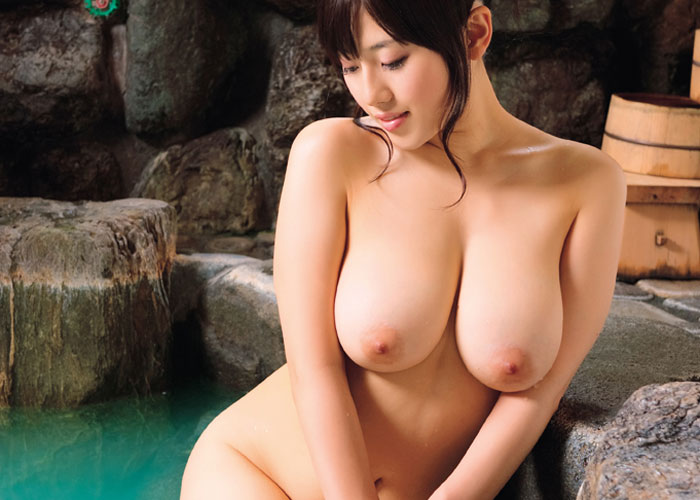 【入浴エロ画像】お風呂ですから…涎の出そうな全裸で入浴中なお姉さんたち!(*´Д`)