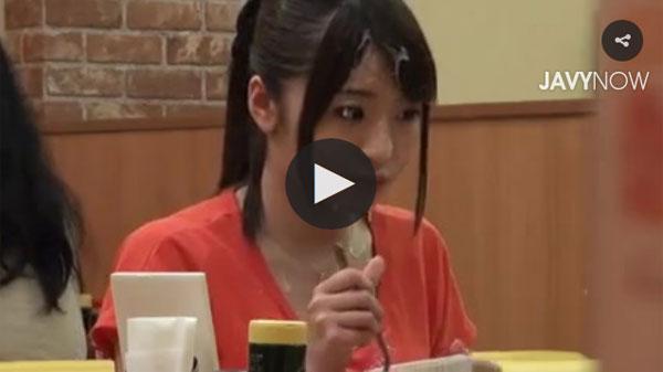 【エロ動画】場所を問わずにぶっかけされてしまったお姉さん!(;゚∀゚)=3 03
