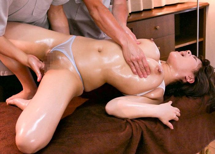 【エロ動画】執拗な乳腺マッサージでイカされまくった巨乳美女たち!(*゚∀゚)=3
