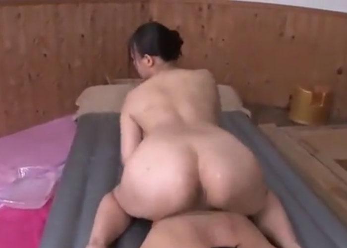 【エロ動画】マットプレイで最高の中出しをさせてくれる巨乳ソープ嬢!(*゚∀゚)=3 01