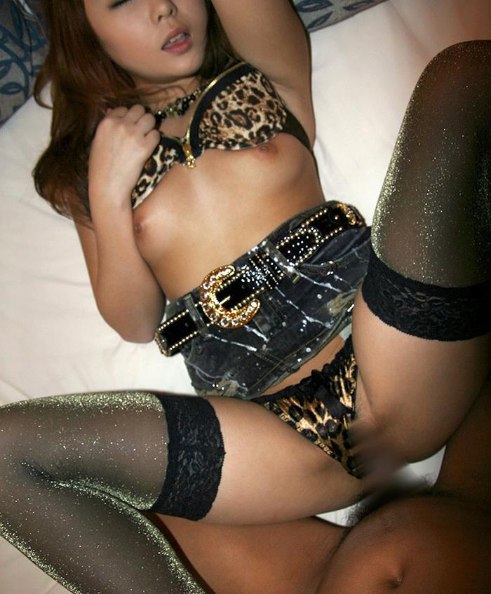 【黒ギャルエロ画像】ビッチが基本!貪るような性交がモットーの黒ギャル達(;´Д`)