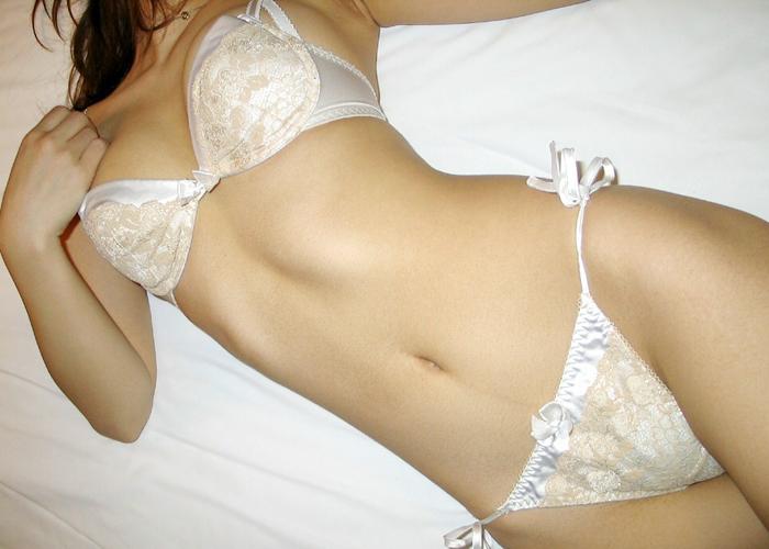 【下着エロ画像】似合っているほど脱がせたくなる女のランジェリー姿!(;´∀`)
