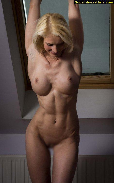 【腹筋エロ画像】弛んでるよりはイイ?ビシッと鍛えられた筋肉美女たちの腹筋(;゚Д゚)