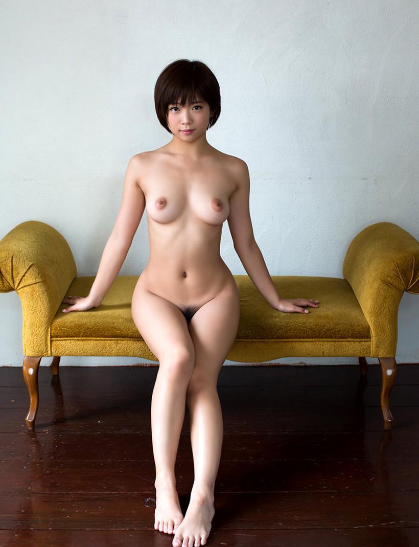 【女体エロ画像】電気消すとか絶対にありえない!明るい場で見たい全裸(`・ω・´)