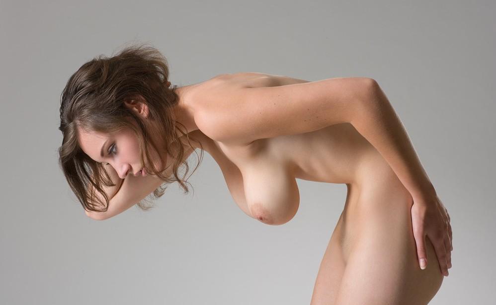 【巨乳エロ画像】100cm超えなど基本?いつか揉みたい外人さんの凄い乳(;゚Д゚)