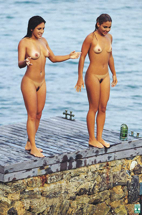 【海外エロ画像】裸が鉄則!美女も例外ではないヌーディストビーチ(;・∀・)