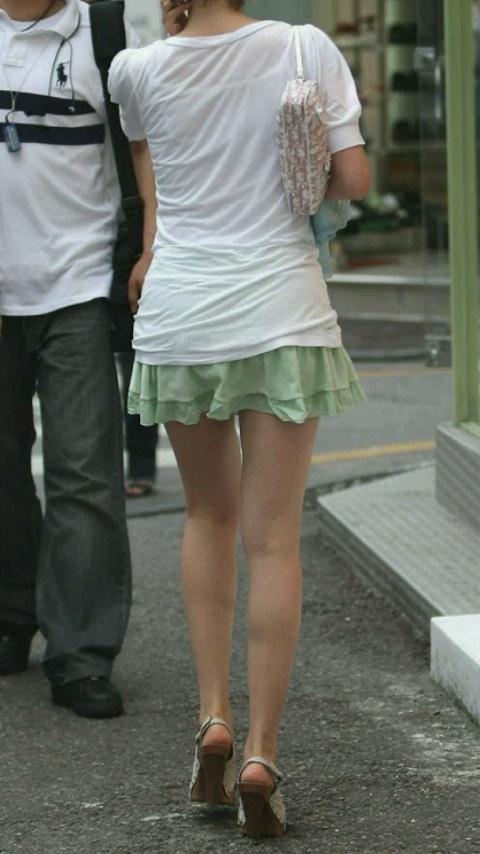 【美脚エロ画像】たかが脚などではない!思わず見とれる街角美脚(;´Д`)