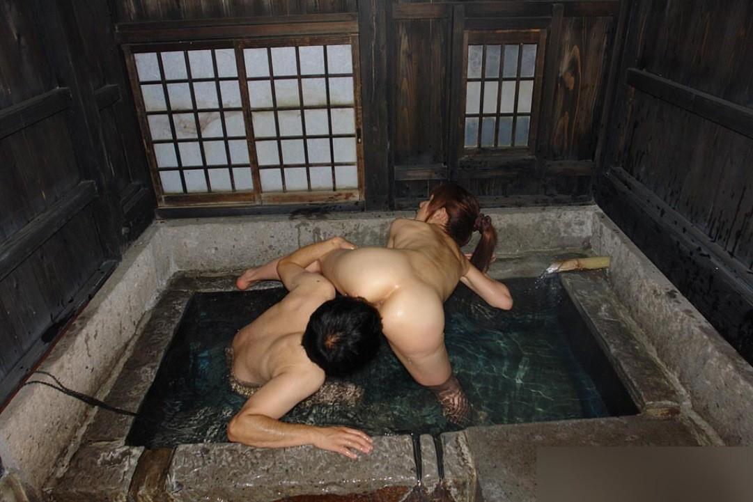 【愛撫エロ画像】舐めてる穴はどっち?お尻からクンニorアニリングス(;゚Д゚)