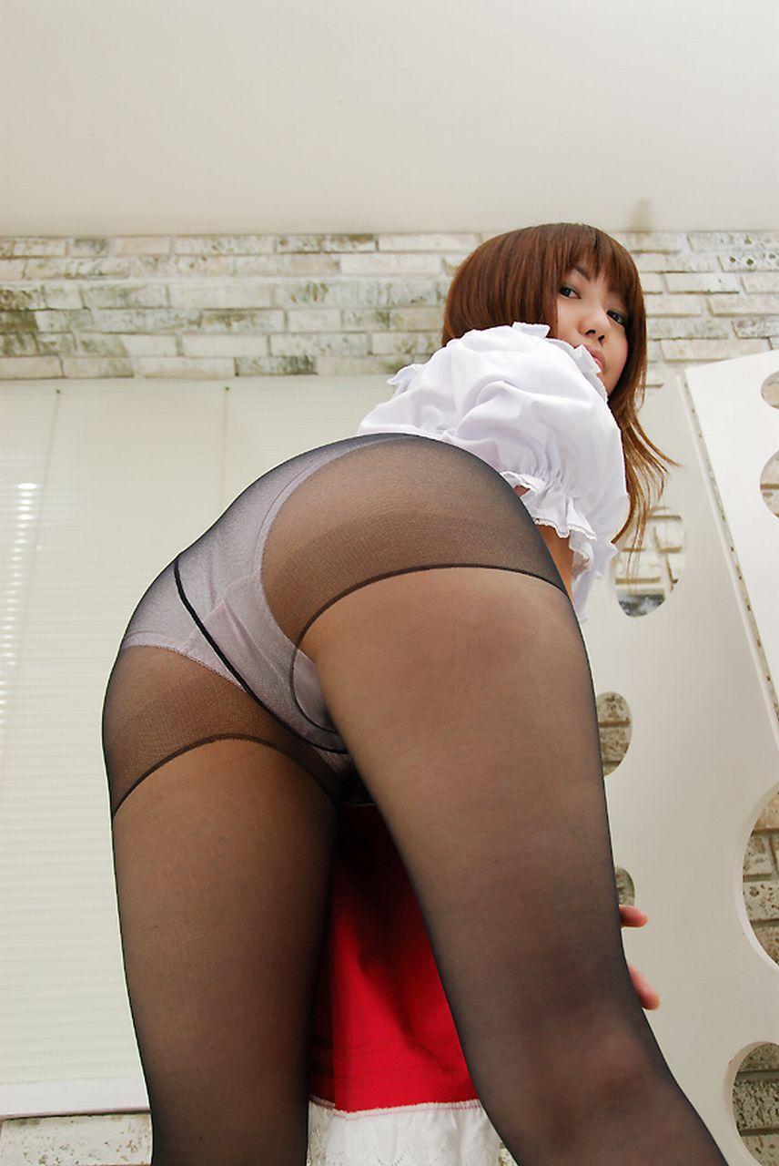 【下着エロ画像】1日働いてからの香りが最高!パンスト履いた美尻(;´Д`)