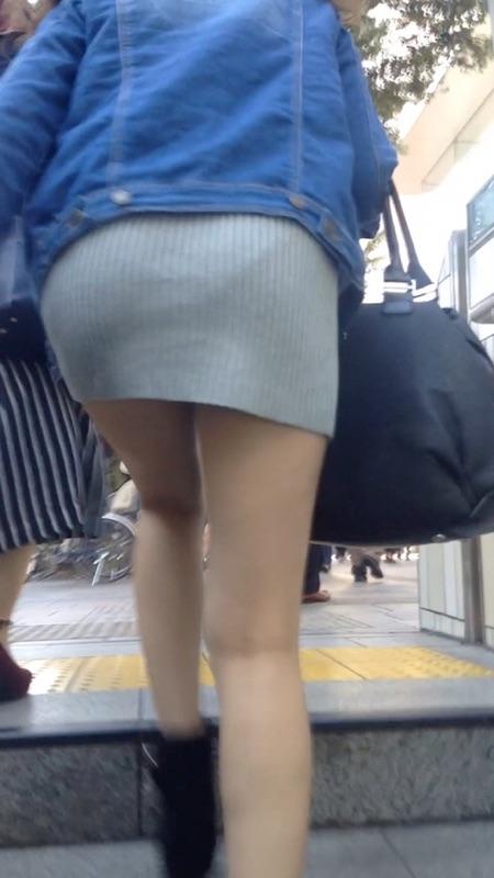 【美脚エロ画像】この後でパンツを狙いましょうw素晴らしきミニスカ美脚たち(;´Д`)