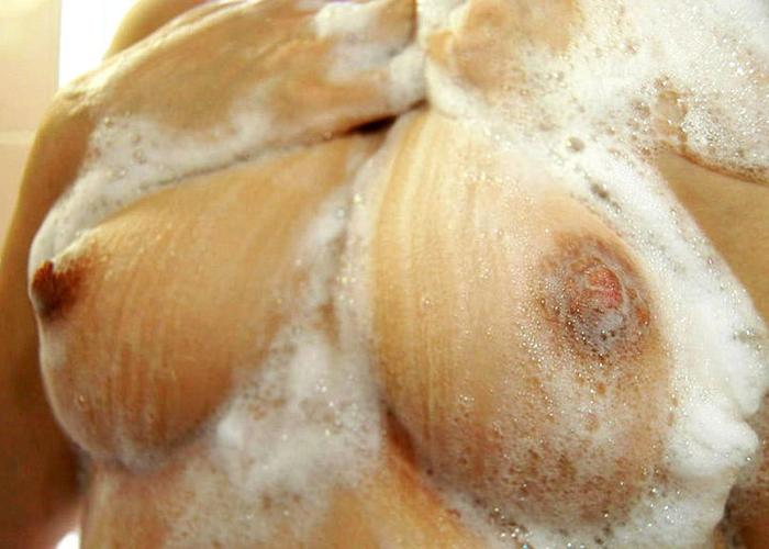 エッチ後に入ったらしい美女の入浴エロ画像