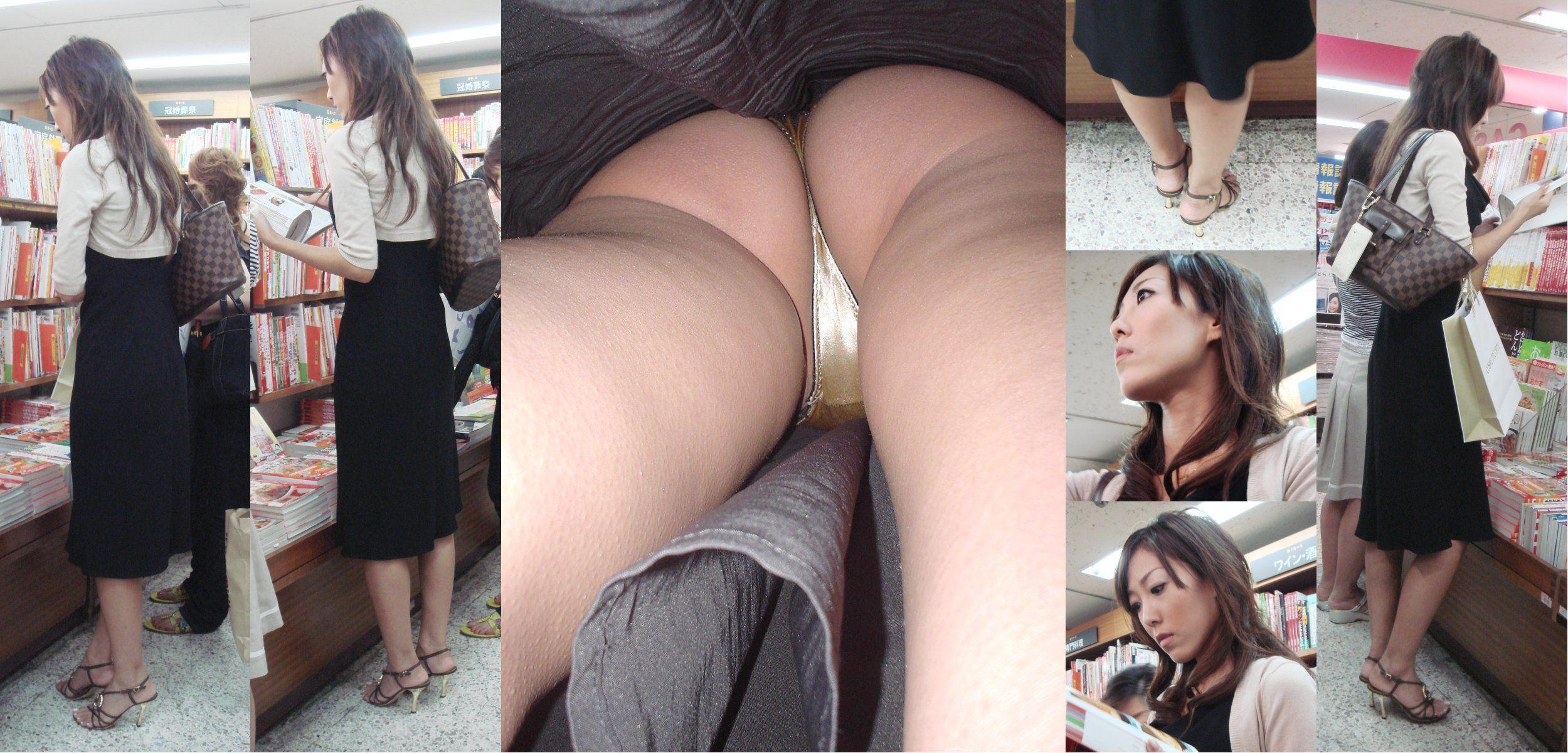 【パンチラエロ画像】ハミ毛も多く履きこなしはまだまだ甘いTバック逆さ撮り!(;´∀`)