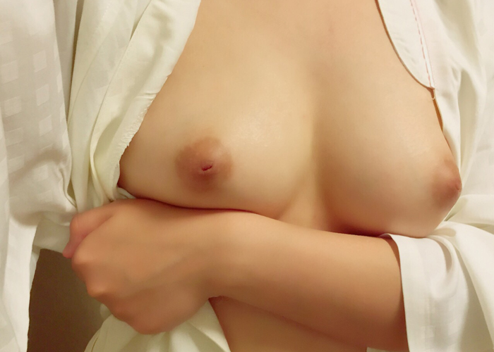 【女神エロ画像】イイ乳の持ち主めっちゃ多いな…直でも触れたい自撮りおっぱい(;´∀`) | 可愛いエロ画像盛り沢山! 表紙