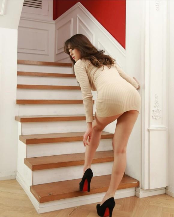 韓国のモデルが美脚ばかりで勃起不可避 part7