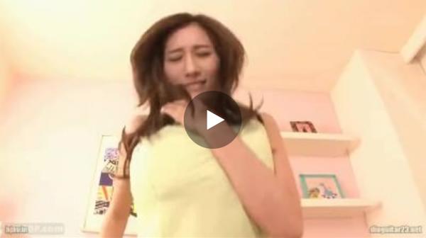 【エロ動画】上半身は着たままパイズリやセックスしまくる巨乳美女!(;゚∀゚)=3 03