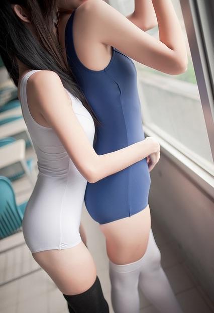 【腋フェチエロ画像】乳弄りながら舐めれば最高だろう美麗な腋下(;´∀`)