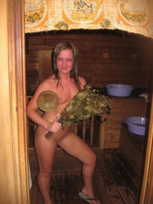 【海外エロ画像】サウナに入った外人さんたちのイイ汗纏った裸体(;´Д`)