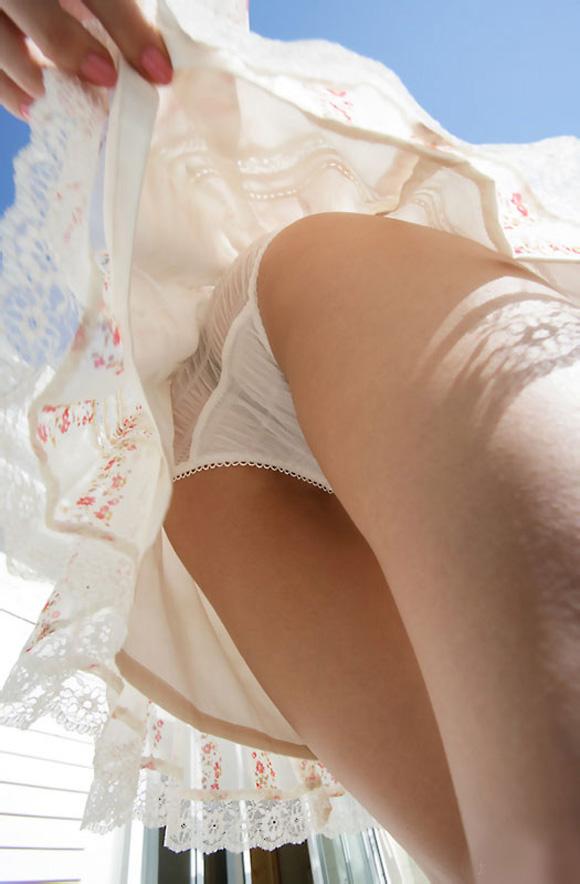 ★★★ 白いスカートふぇち ★★★ part6 [無断転載禁止]©bbspink.comYouTube動画>2本 ->画像>1457枚