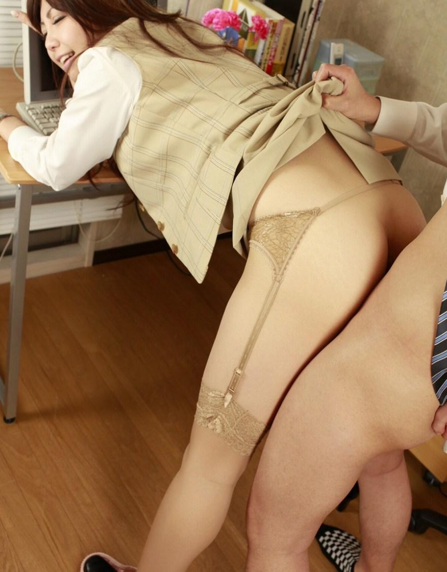 【コスプレエロ画像】お互いになり切って楽しむのが一番なコスプレ性交!(;´Д`)