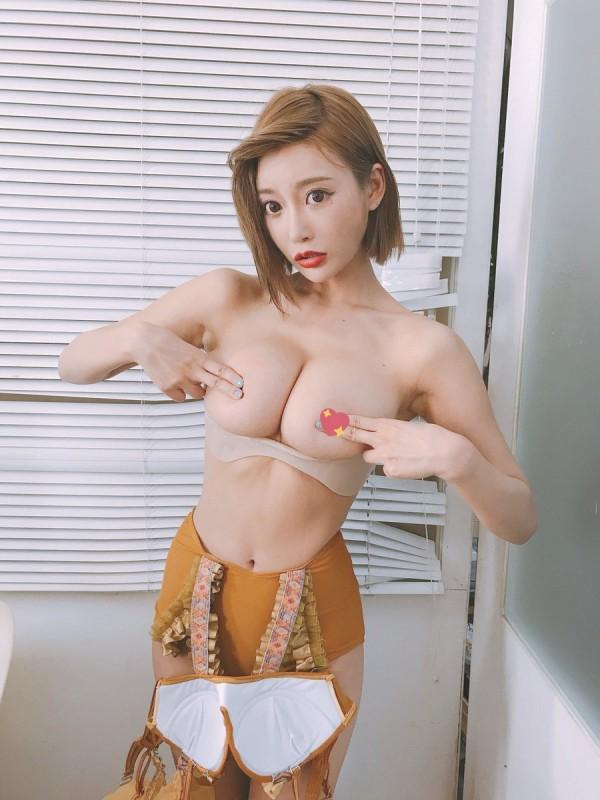 【明日花キララエロ画像】常に進化し続けているトップアイドル・明日花キララ!(;・∀・)