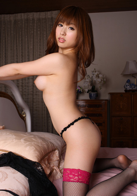 【成瀬心美エロ画像】小柄で美乳で超美尻!成瀬心美のムッチリ裸身(;´Д`)