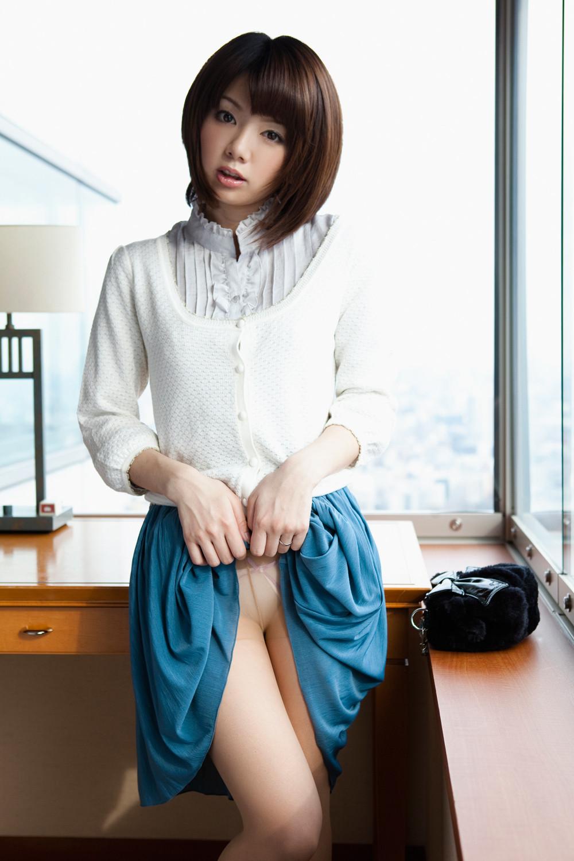 【希美まゆエロ画像】ラーメン大好き美乳美少女、希美まゆのヌードギャラリー!(;´∀`)