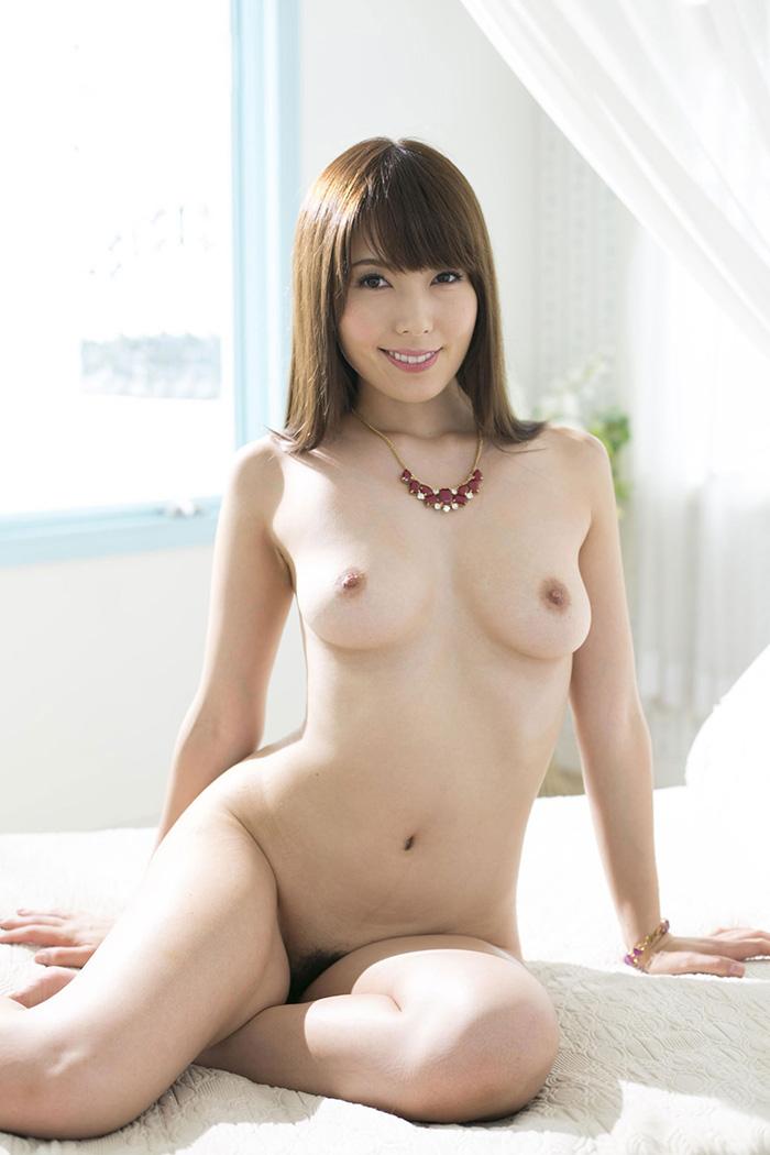 【波多野結衣エロ画像】ドエロ妻、波多野結衣のスレンダー美乳ボディ!(;´Д`)