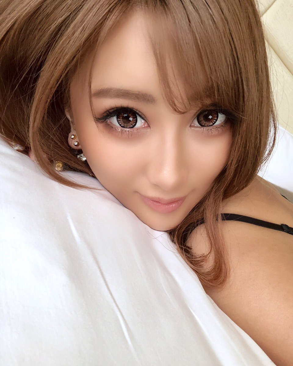 【AIKAエロ画像】デビューからビジュアル変遷が凄いwカリスマ黒ギャルAIKA!(;゚Д゚)