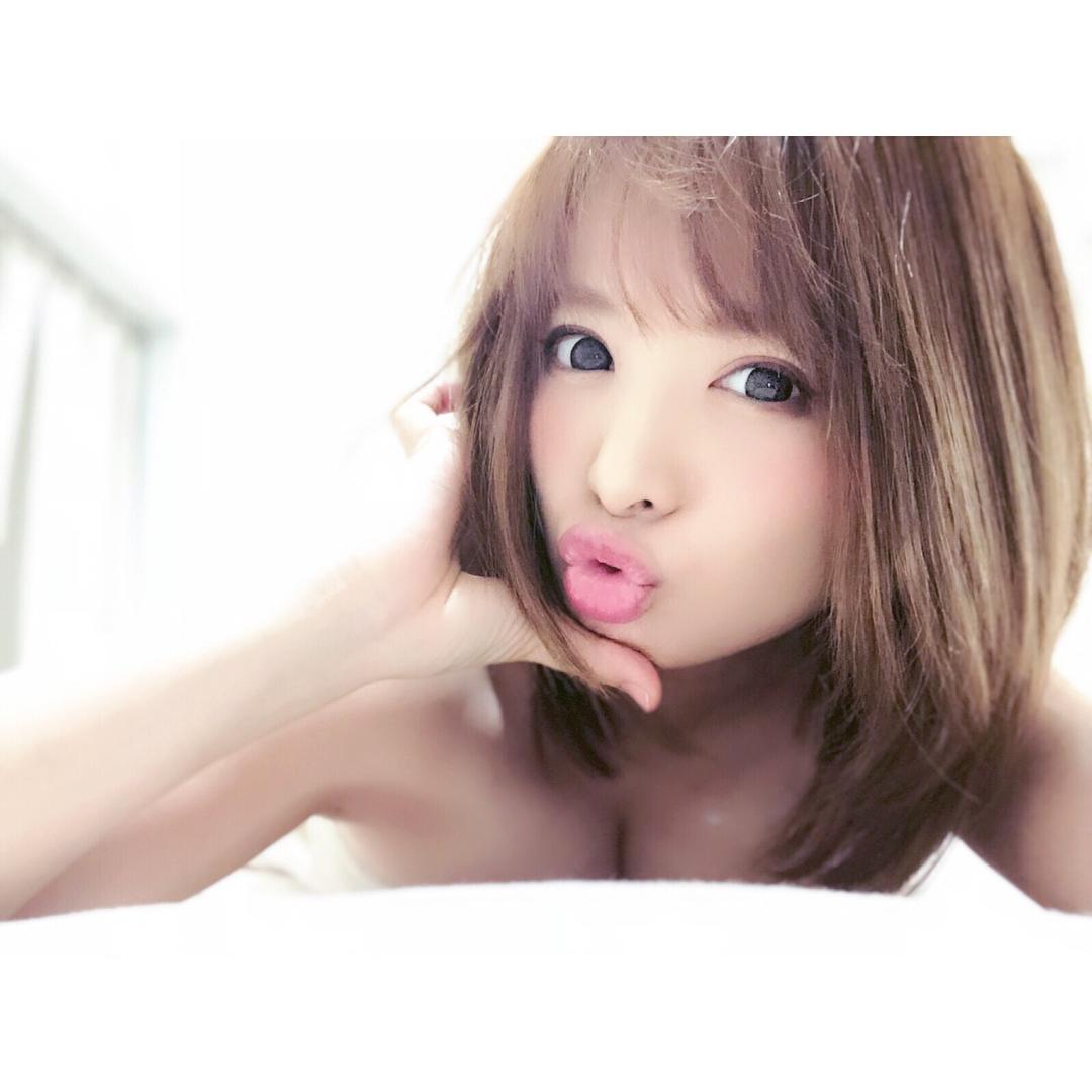 【星美りかエロ画像】短髪ミニマムムチムチ美少女、星美りかの無邪気な裸身!(;´∀`)