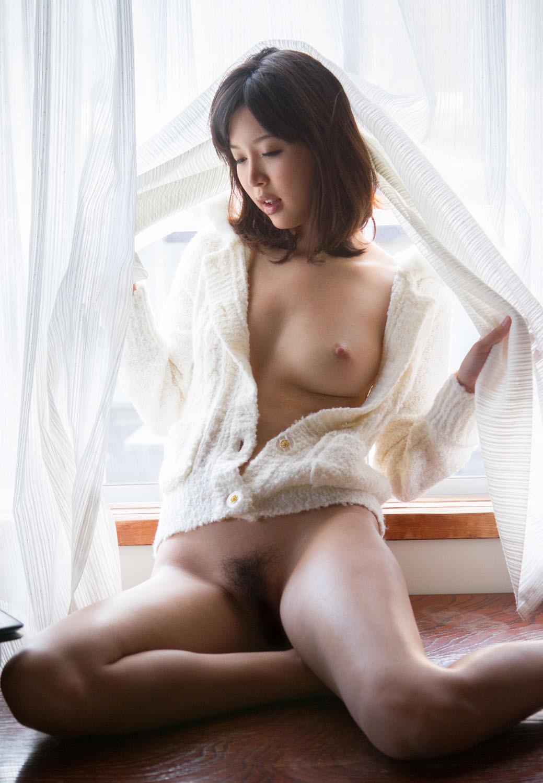 【葵つかさエロ画像】某アイドルも夢中になった葵つかさの美乳裸身!(;´∀`)
