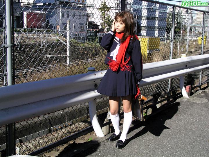 【みひろエロ画像】今も制服似合っちゃう?喉締め得意な伝説女優・みひろ(;´Д`)
